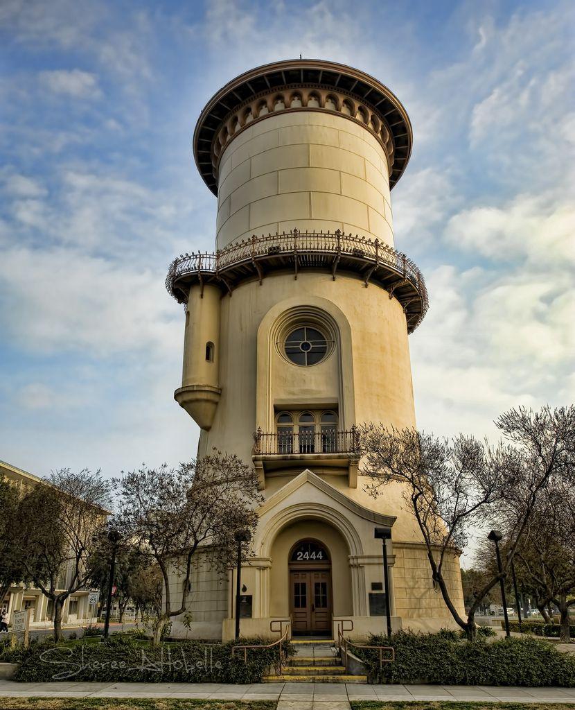 Водонапорная башня лимассол хорошая
