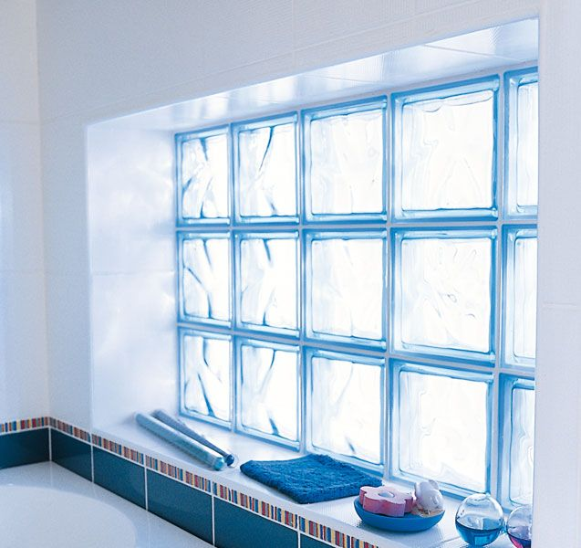 La brique de verre dans la salle de bains Taller