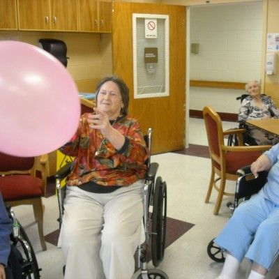 Balloon Games for Seniors | Signature HealthCARE of Fentress County