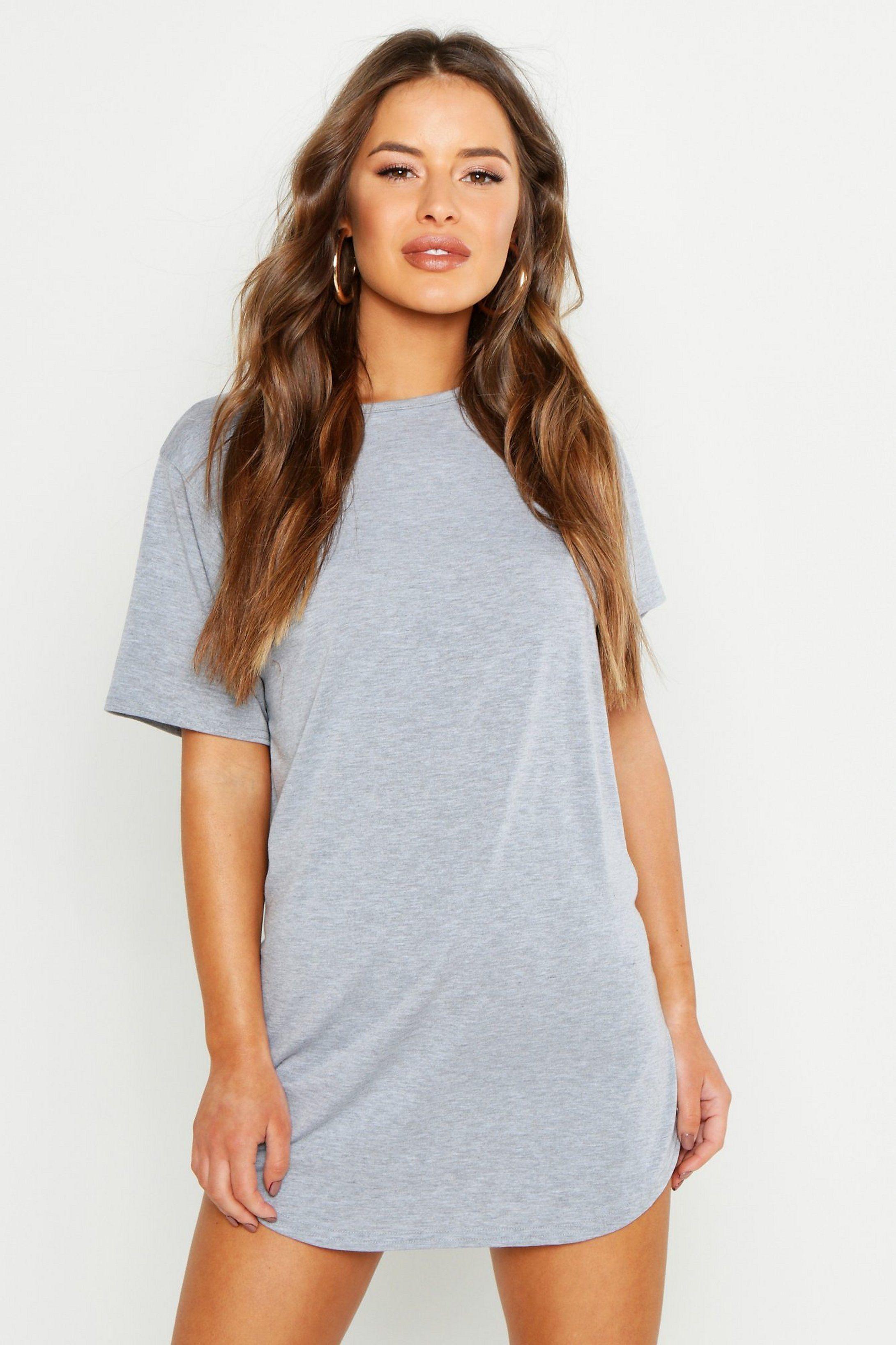 Petite Curved Hem T-Shirt Dress   Boohoo UK in 2020   Shirt dress ...