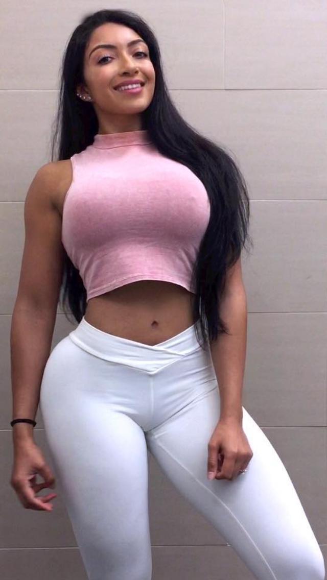 Curvy latinas