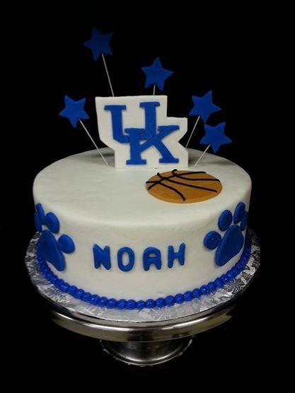 University Of Kentucky Birthday Cake In 2019 Cake Cake