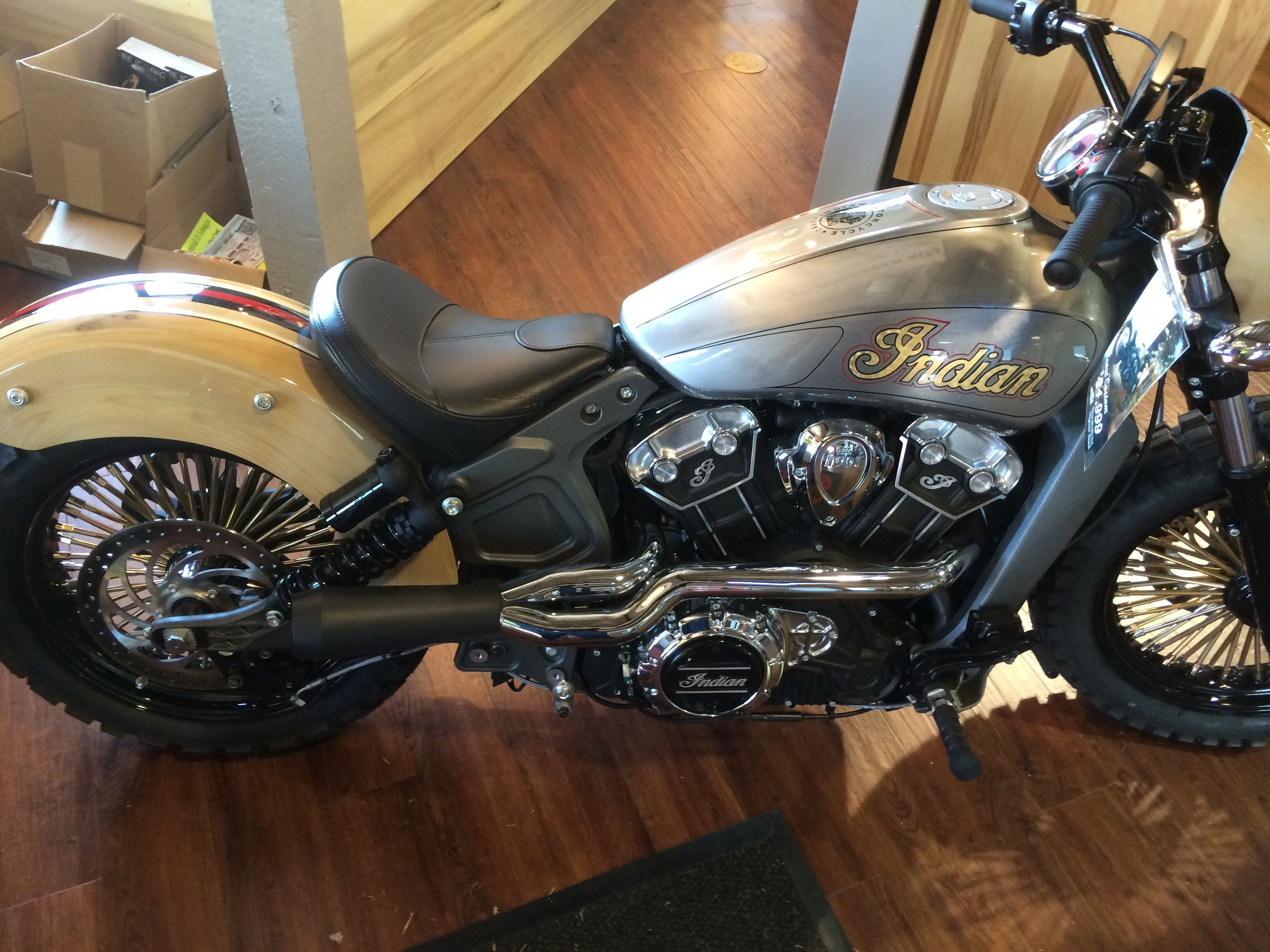 bbc0b33609d239e8d6da0b4b811382f8 custom bikes of the week 31 january, 2016 indian scout, scouts  at mifinder.co