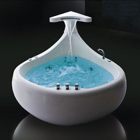"Although it looks strange this Baleina bath tub is a nice combination of the idea of water and the aquatic world.You can imagine yourself that you are a huge ""baleina"" and you explore the mysteries of the agitated sea. This shape of bath tub fills you with dynamism."