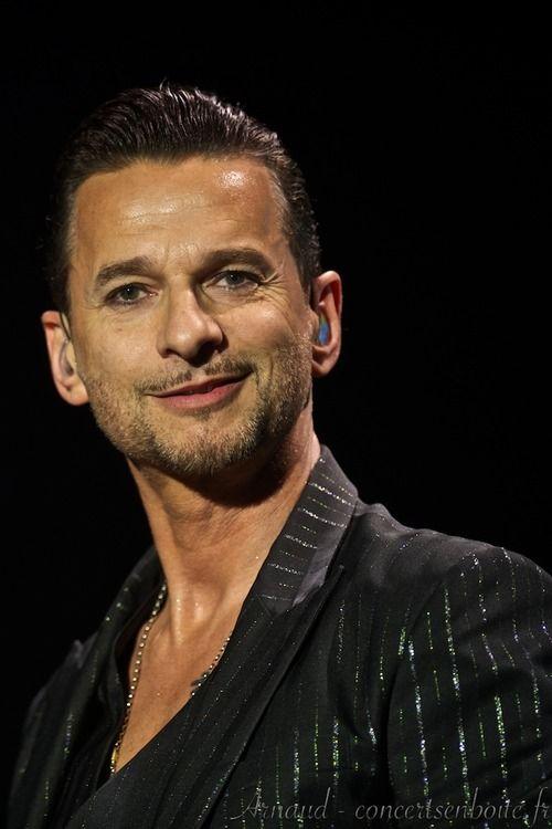Dave Gahan en 2019   Depeche mode, Musica y Martin gore