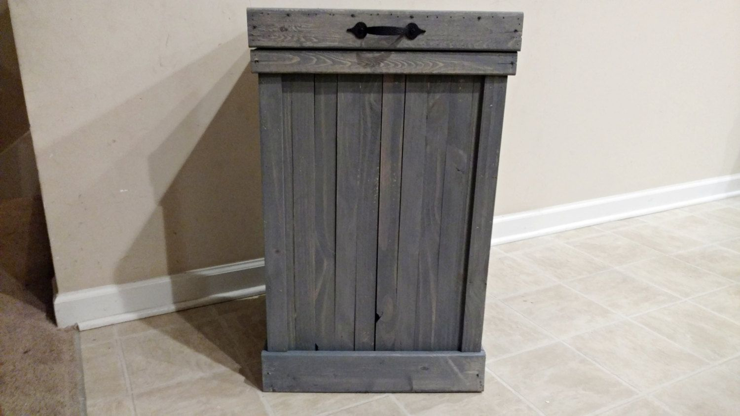 Gray Wash 30 Gallon Rustic Wood Kitchen Trash Can Trash Bin Farmhouse Kitchen Decor Country Kitchen Garbage Can Wood Trash Can Wood Bin Kitchen Trash Cans