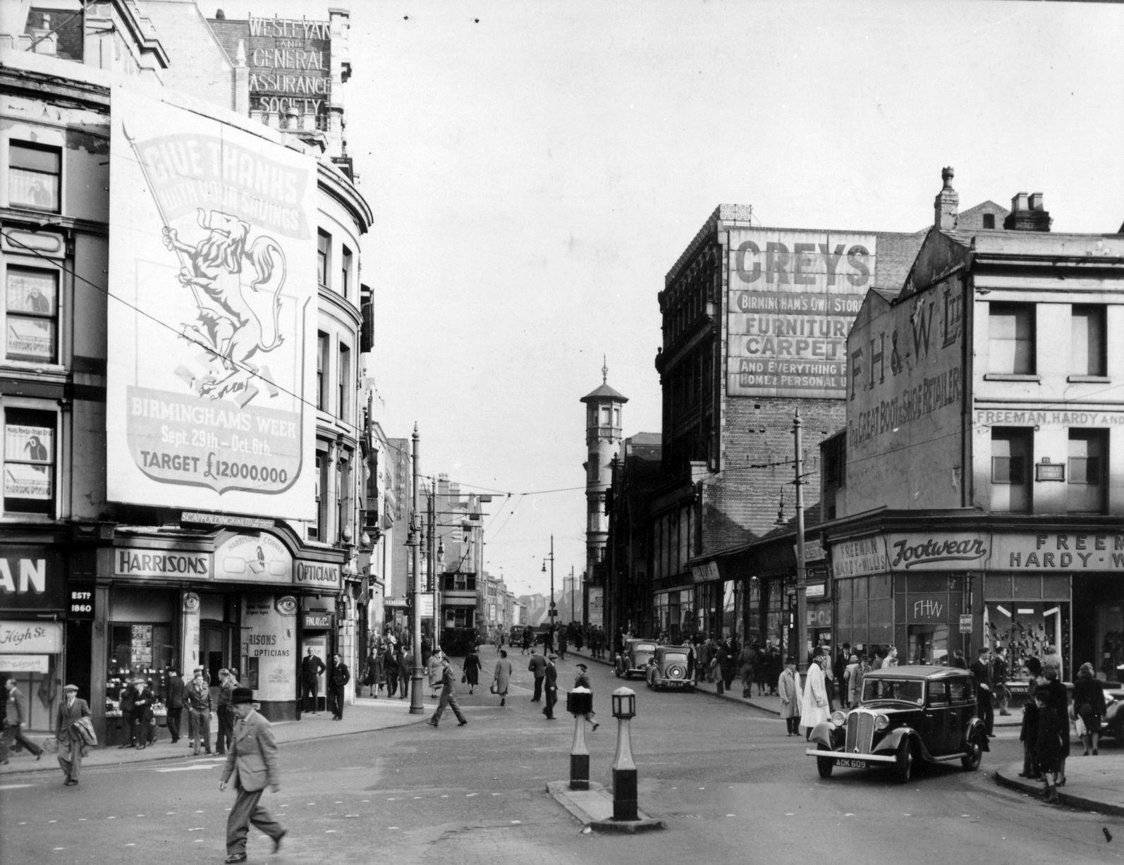 Freeman Hardy And Willis On The Corner Of Bull Street To
