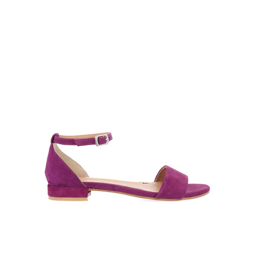 zapatos deportivos 8f346 06f2f Sandalias planas de mujer Gioseppo de piel color morado ...