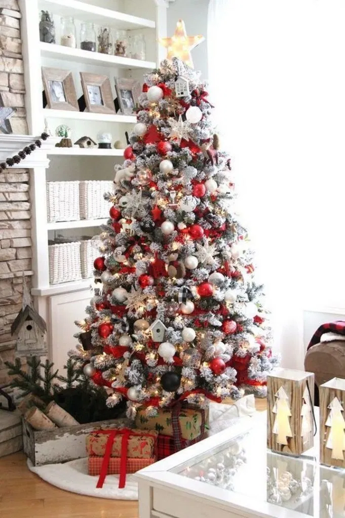 40 Awesome Christmas Tree Decoration Ideas For New Year 2020 Christmasdecor Chris Cool Christmas Trees White Christmas Tree Decorations White Christmas Decor