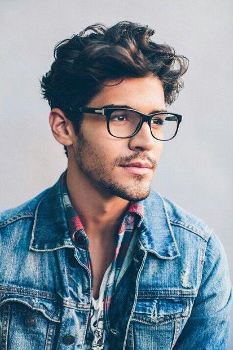21 Of The Best Mens Glasses To Wear In 2018 Random Pinterest - Cortes-de-pelo-rizado-hombre