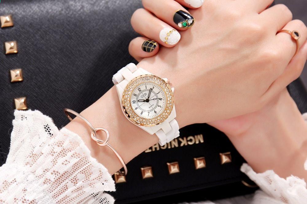 GEDI Móda Bílá keramika Dámské hodinky Nejlepší luxusní dámské hodinky  Quartz hodinky 2 kusy náramek hodinky Bílé keramické hodinky hodinky 07e157f683d