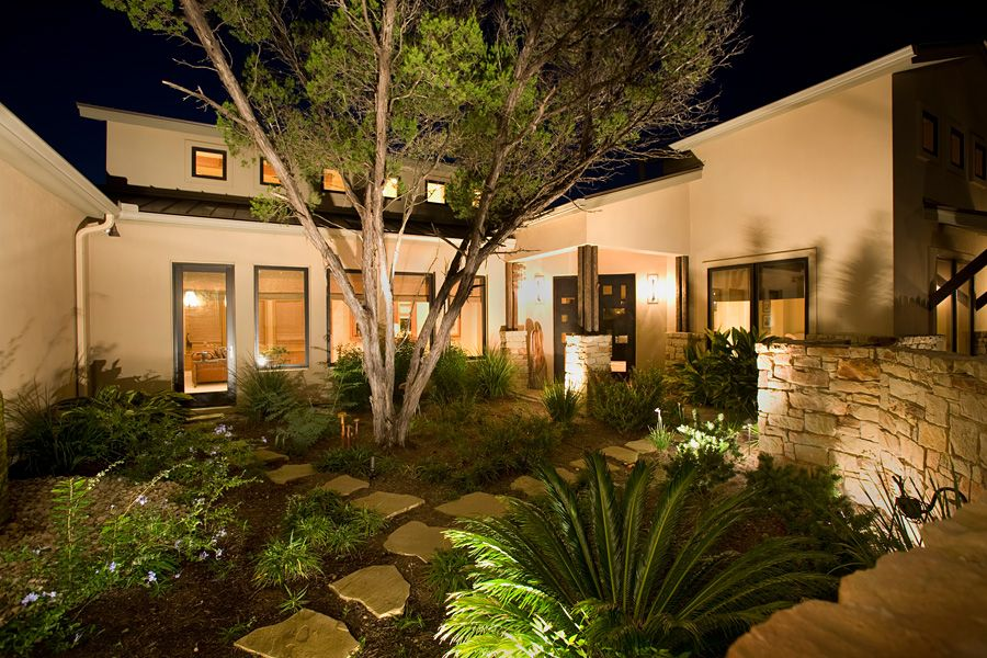 The basics of landscape lighting ideas for our backyard or for Front yard courtyard design