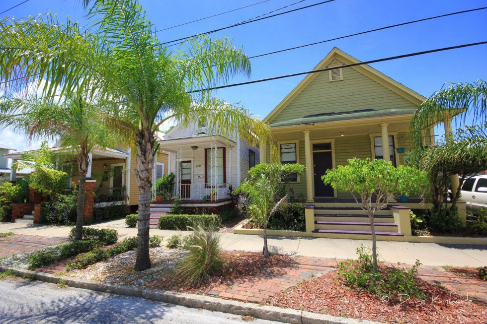 More cool shotgun houses in historic ybor city tiny for Small home builders tampa