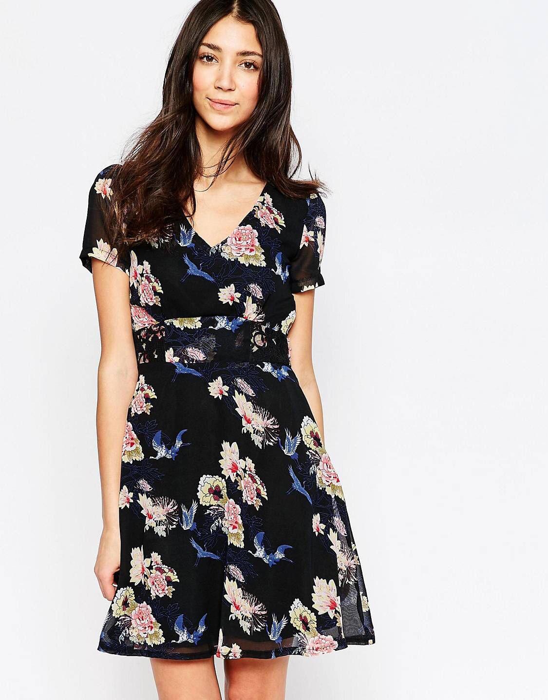 Yumi – Skaterkleid mit Blumen- und Vogelprint | Pinterest | Mode ...