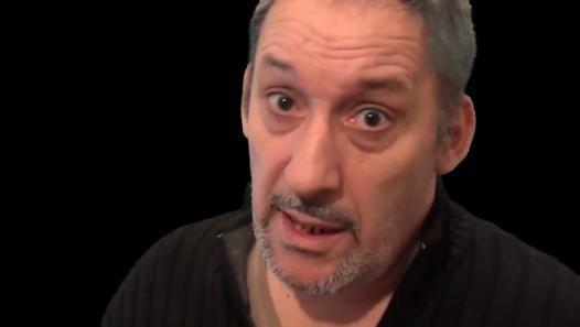 Message à notre sauveur ! MERCI mr Copé, mais...... - Vidéo Dailymotion - Théorie du genre - Jean François Copé s'érige en grand sauveur de la grande morale française.  Il vient de découvrir une ignominie dans la littérature pour enfants. OUF ! on est sauvé !!!!!!  (source de l'info http://www.huffingtonpost.fr/2014/02/09/theorie-genre-cope-tous-a-poil-recommande-ecole_n_4756708.html?utm_hp_ref=france )