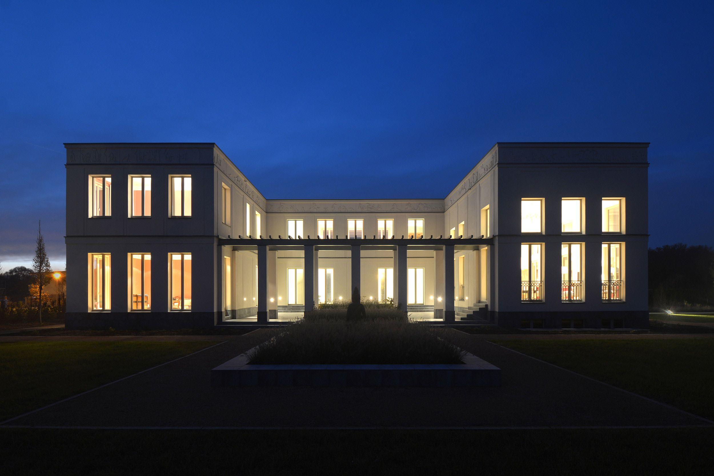 Exklusive villa in potsdam jungfernsee vogel cg Minimalistisches haus grundriss