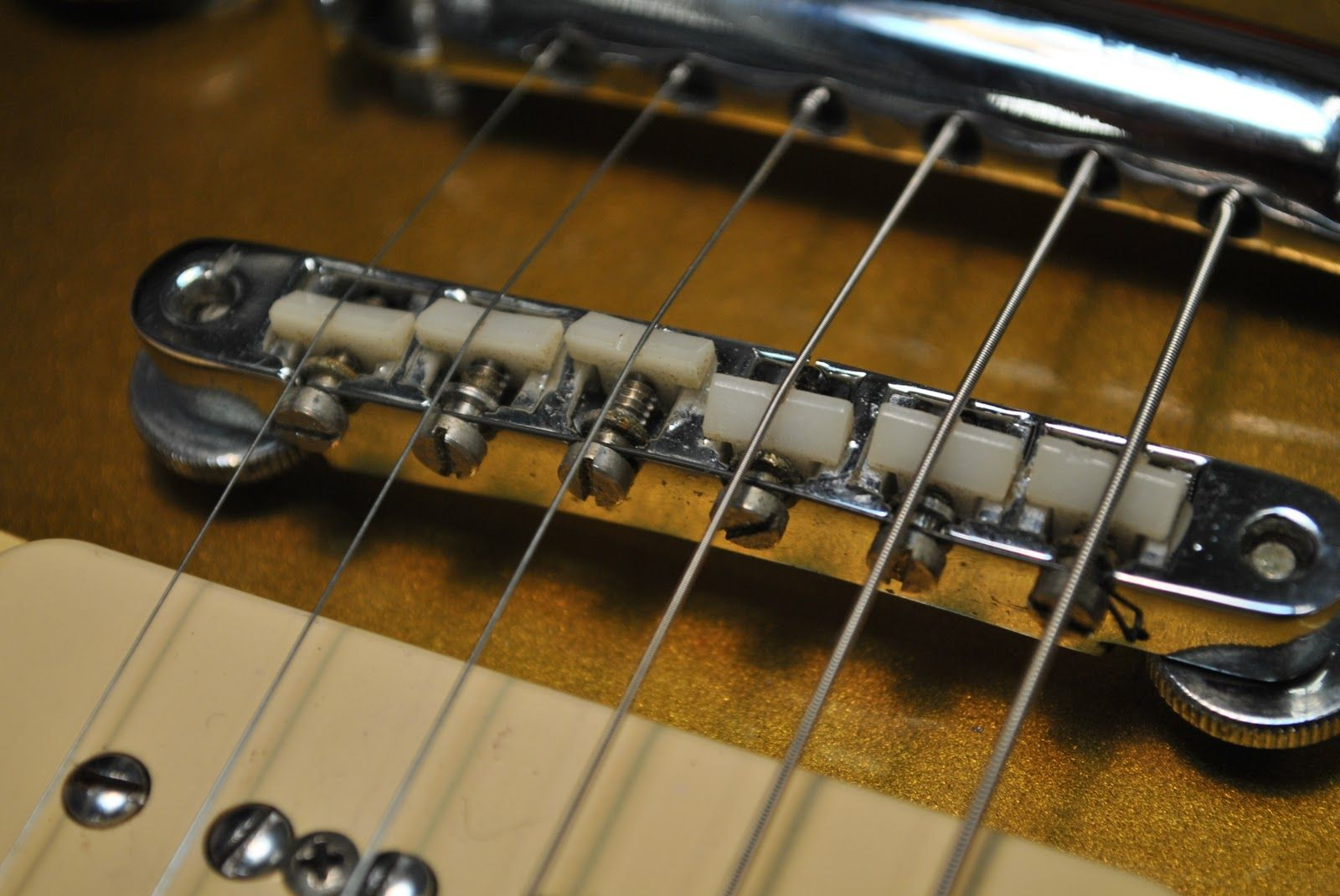 Guitar Intonation How To Keep A Guitar In Tune Disc Makers Easy Guitar Guitar Tips Bass Guitar Chords