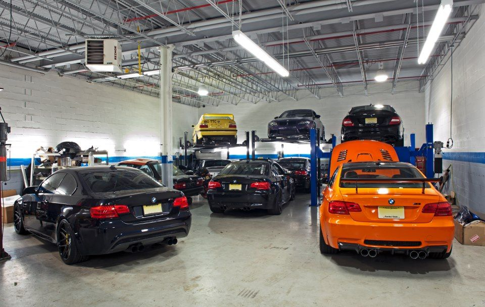bmw garage motorsport furious cars pinterest bmw dream garage and cars. Black Bedroom Furniture Sets. Home Design Ideas