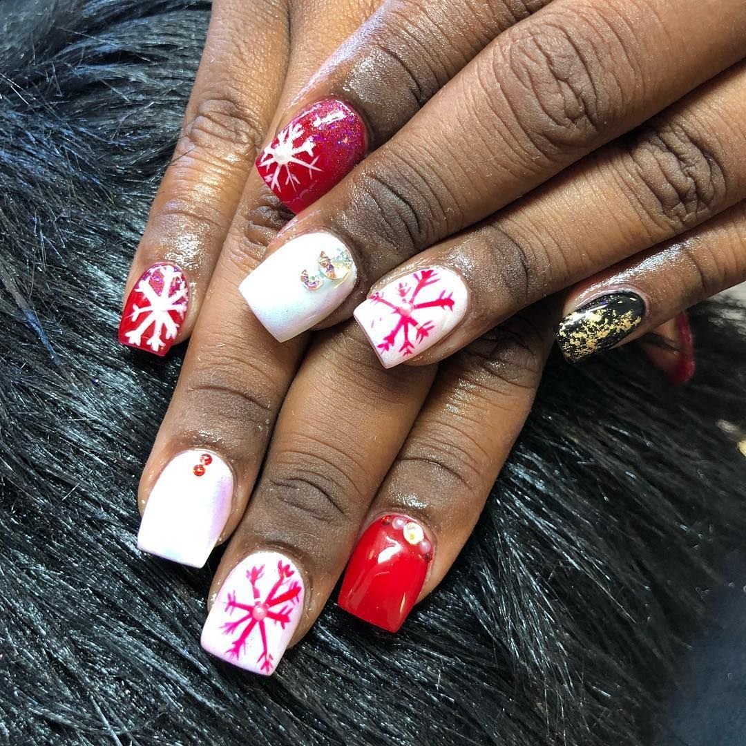 Holiday Nails Hours: Im Loving All The Christmas Nails Ive Created This Season