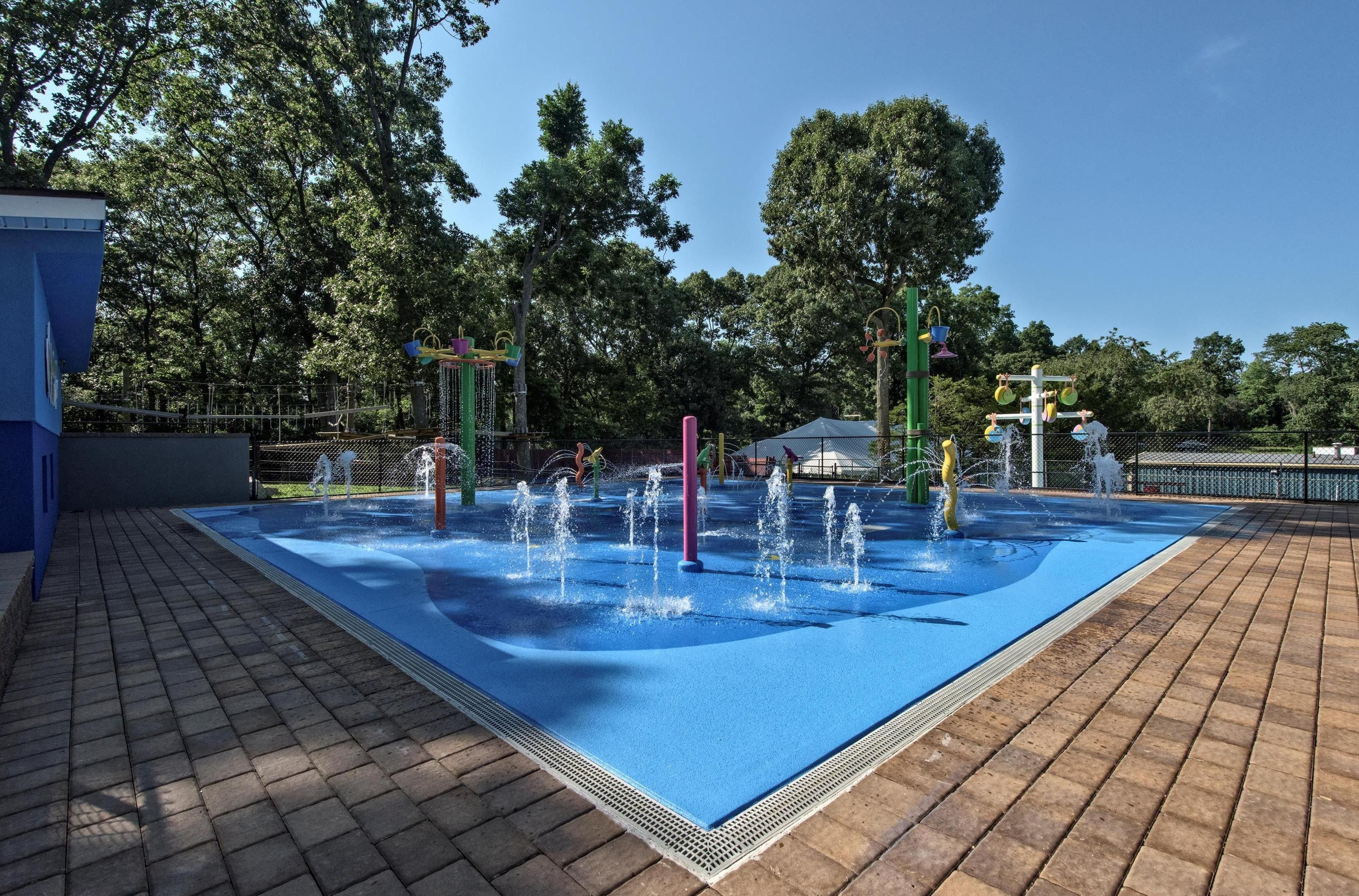 10 Unique Water Elements Including A Fan Jet Bollard Water Dome Activity Piling Cluster 6 Way Tippy Tree W Swimming Pool Construction Pool Construction Pool