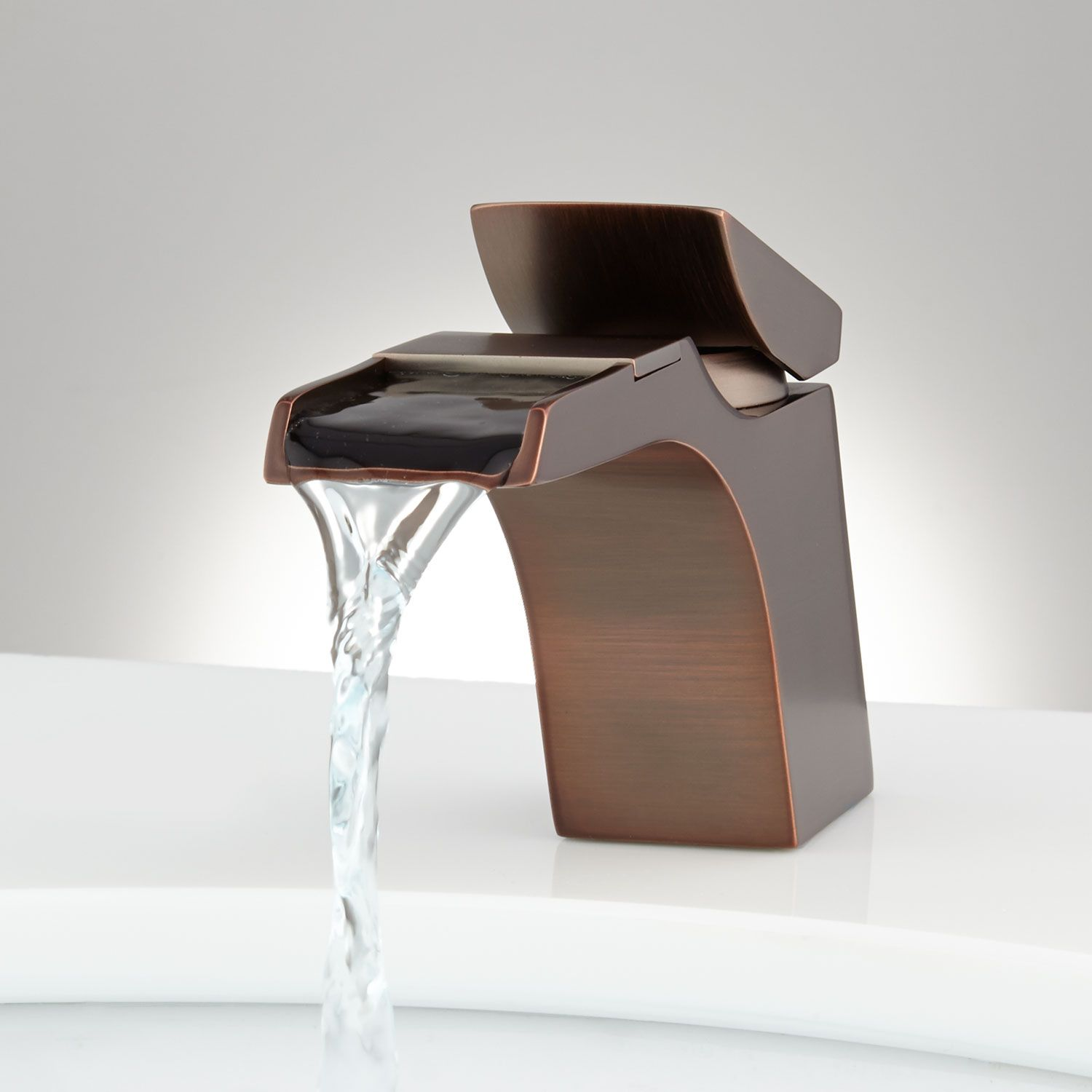 Broeg Single Hole Waterfall Faucet | Waterfall faucet, Oil rubbed ...