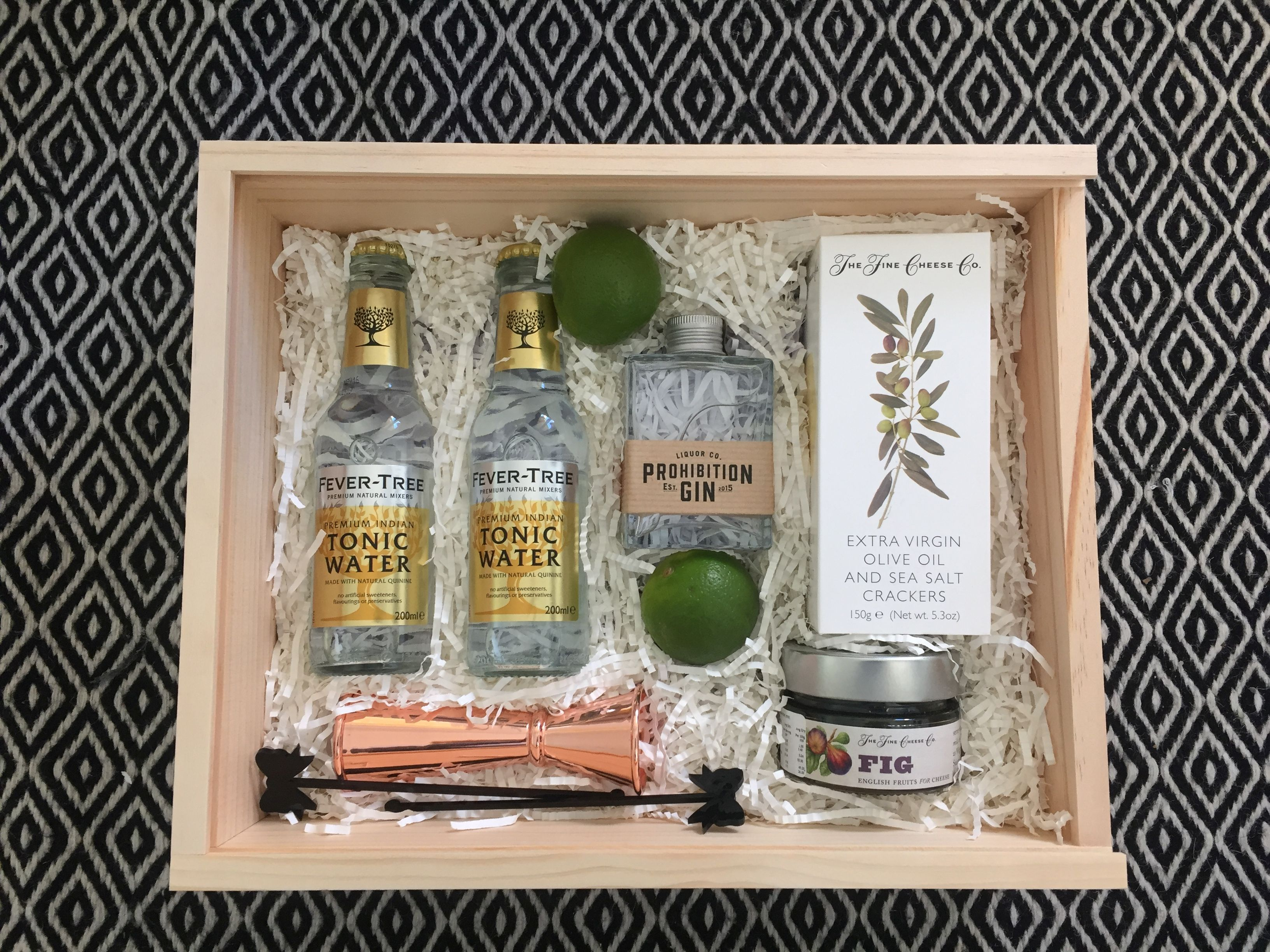 Gin And Tonic Gift Boxes To Thank Your Groomsmen For All That They