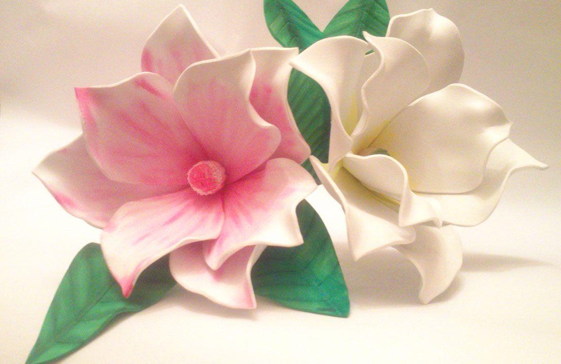ab8e6c595ac Magnolias en goma eva realizadas sin moldes Flores Hechas A Mano
