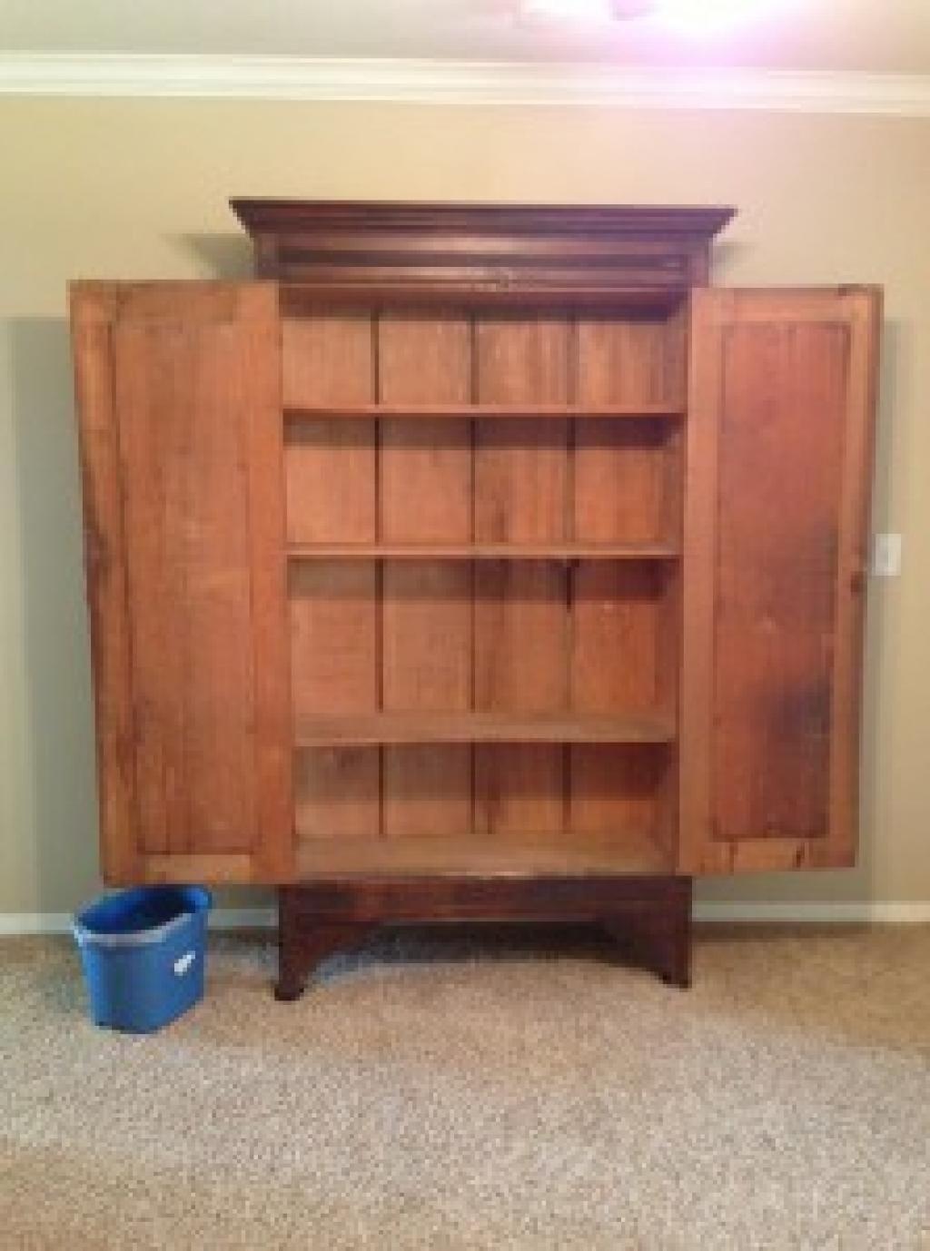 comment chasser les mauvaises odeurs dans un vieux meuble. Black Bedroom Furniture Sets. Home Design Ideas