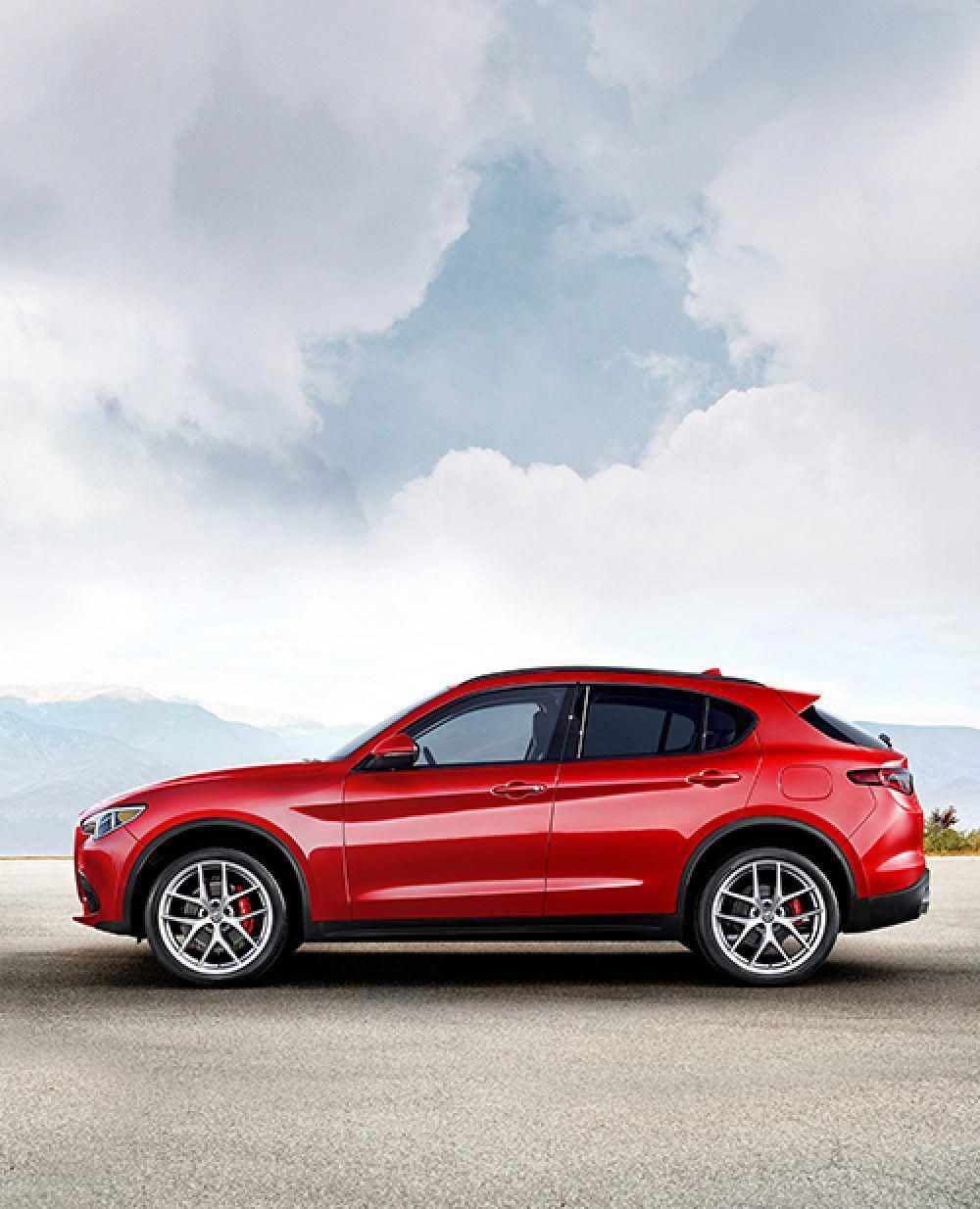 A Profile View Of The 2019 Alfa Romeo Stelvio Alfaromeo Alfa Romeo Stelvio Alfa Romeo Luxury Suv