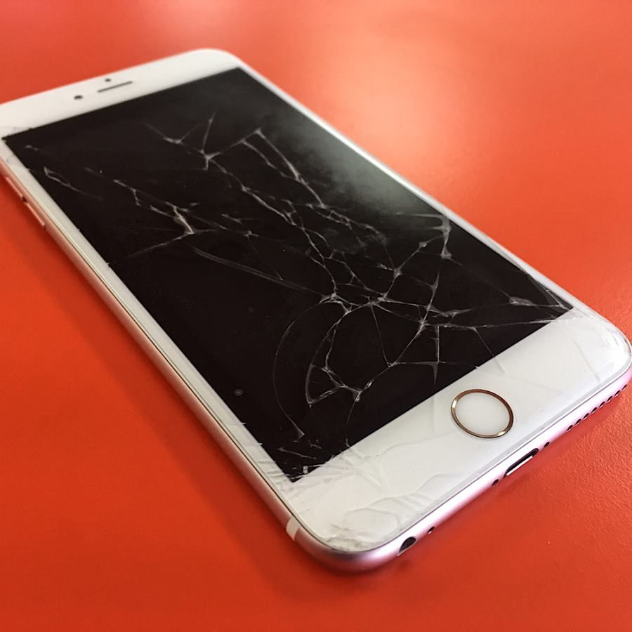 Iphone6splus Screen Came In Cracked And Got Fixed In 20 Minutes