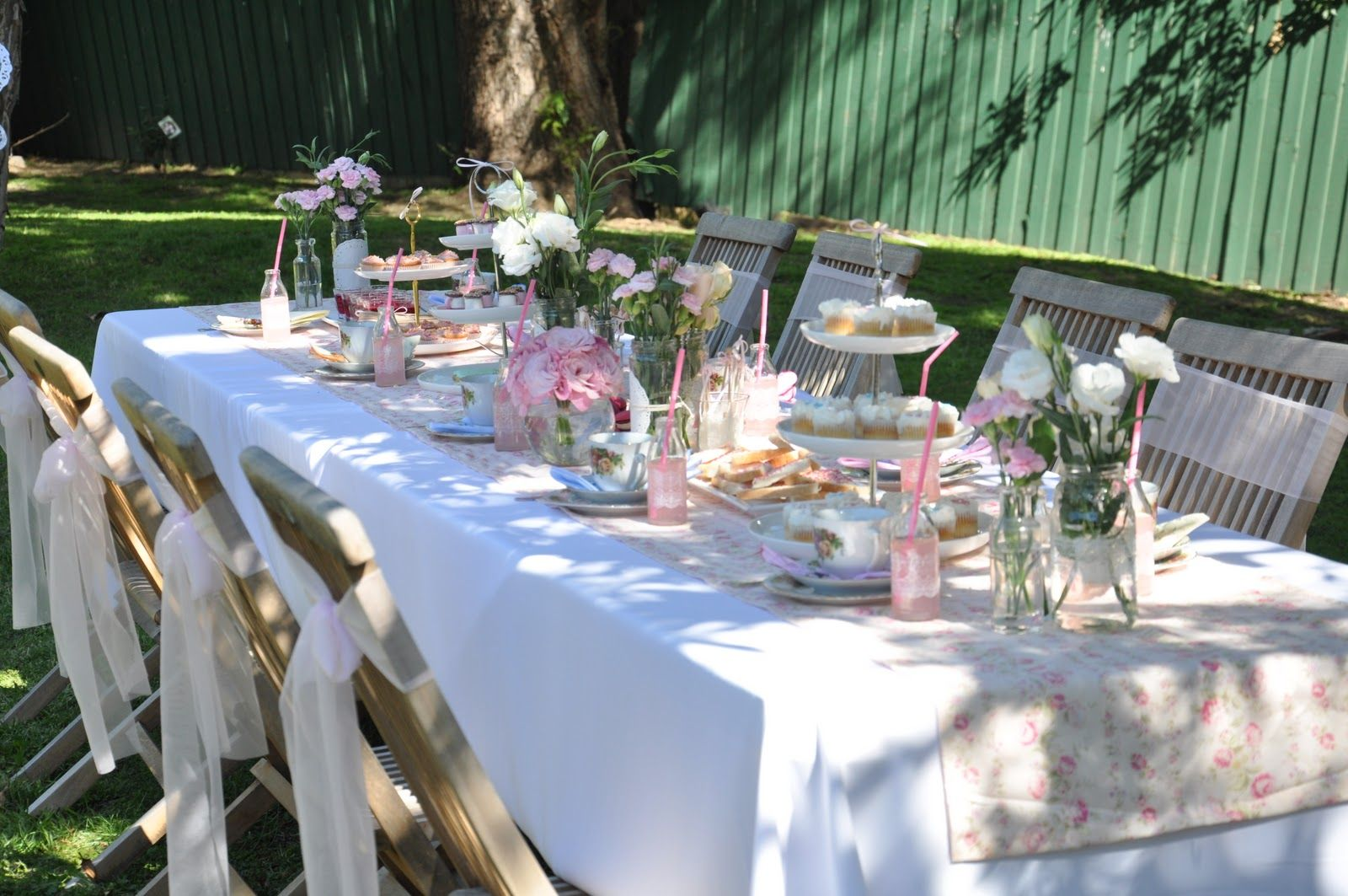 Garden tea party table idea real parties vintage tea Table decoration ideas for parties