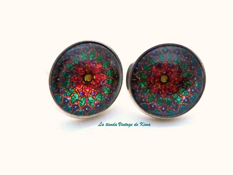 Pendientes botón  mandala colores de La Tienda Vintage de Kima por DaWanda.com