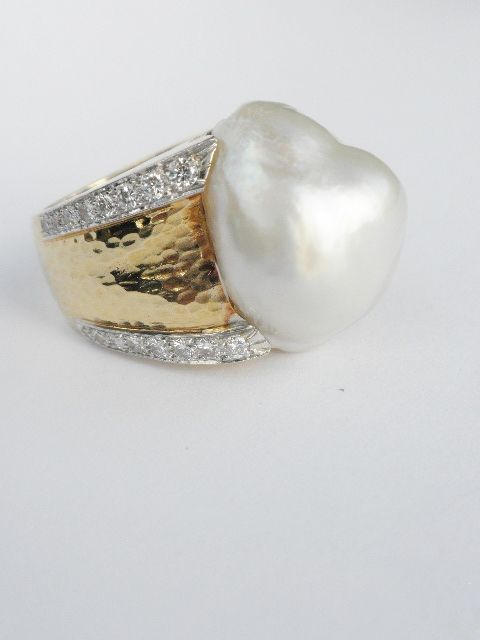 b31c960d28f7 David Webb South Sea Semi Baroque Pearl Diamond Ring