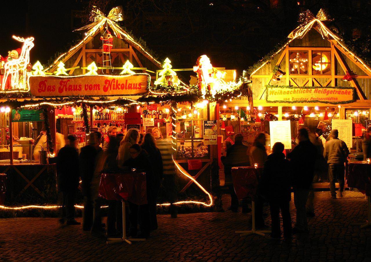 Weihnachtsmarkt in Dresden - Striezelmarkt – Wikipedia