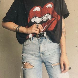 #alternative #drmartens #fashion #vintage #grunge #out