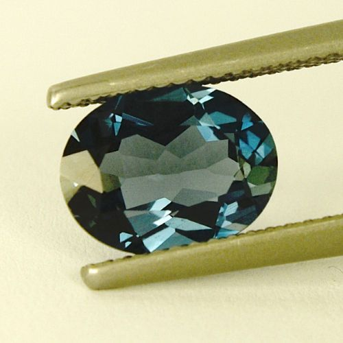 2-37-Ct-London-Blue-Brazil-Topas-Oval-Facet