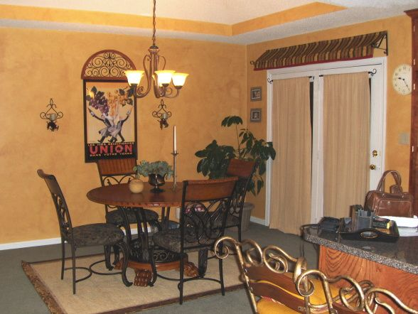 Italian cafe style kitchen dining room dining room for Italian dining room decorating ideas