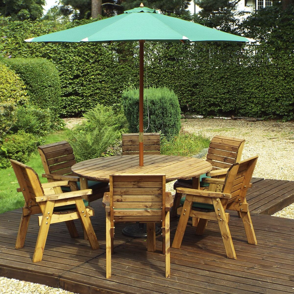 Charles Taylor 6 Seater Round Table Set With Cushions Storage Bag Parasol And Base In 2020 Outdoor Dining Set