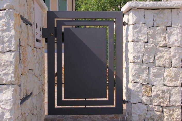 Cancelli moderni modello 21 gates nel 2019 cancelli for Cancelli da giardino