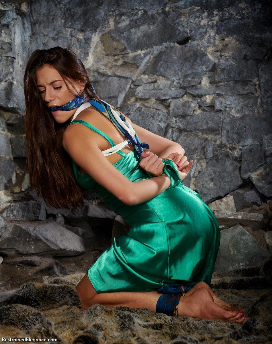 Schwarz BBW Gigi Starr