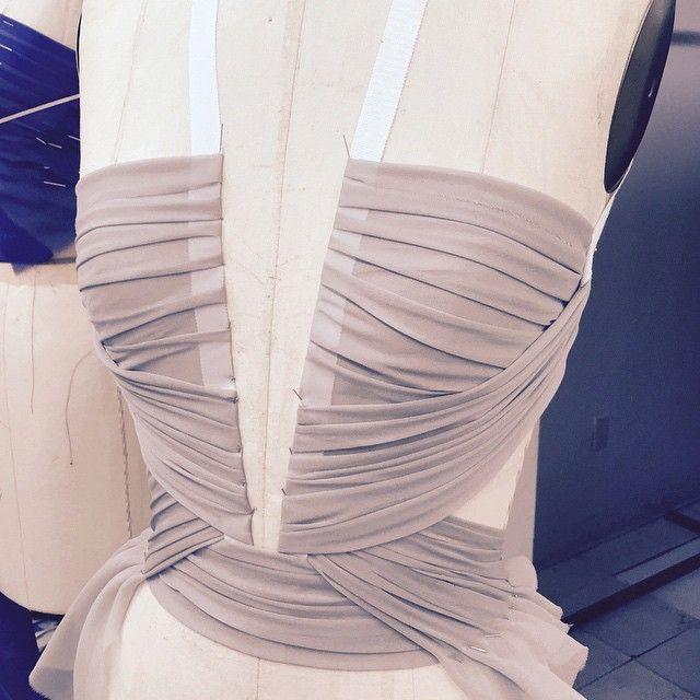 #gillesmendel Sleek sheer silk chiffon drape .... #OMGilles