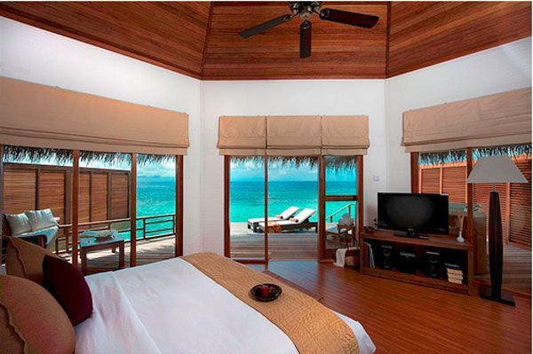 Amazing Bedrooms amazing bedrooms | blue water bedroom view 23 amazing bedrooms