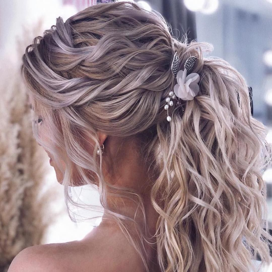 New The 10 Best Hairstyles Today With Pictures Hairstyles Hair Styles Bride Hairstyles Wedding Flower Hair Comb