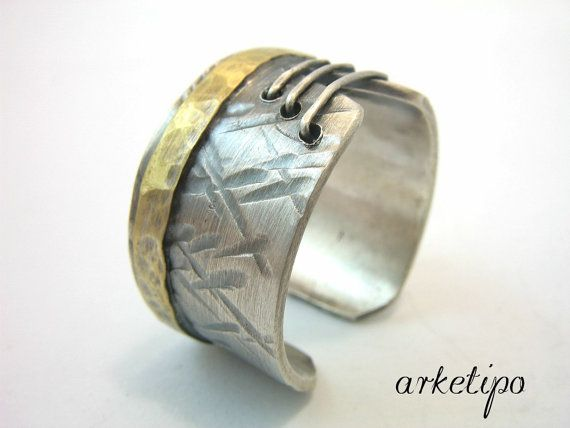 Personalized Adjustable Sterling Silver Ring.. Men's / Women's Ring.. Hammered, oxidized, adjustable Ring of sterling silver and brass..