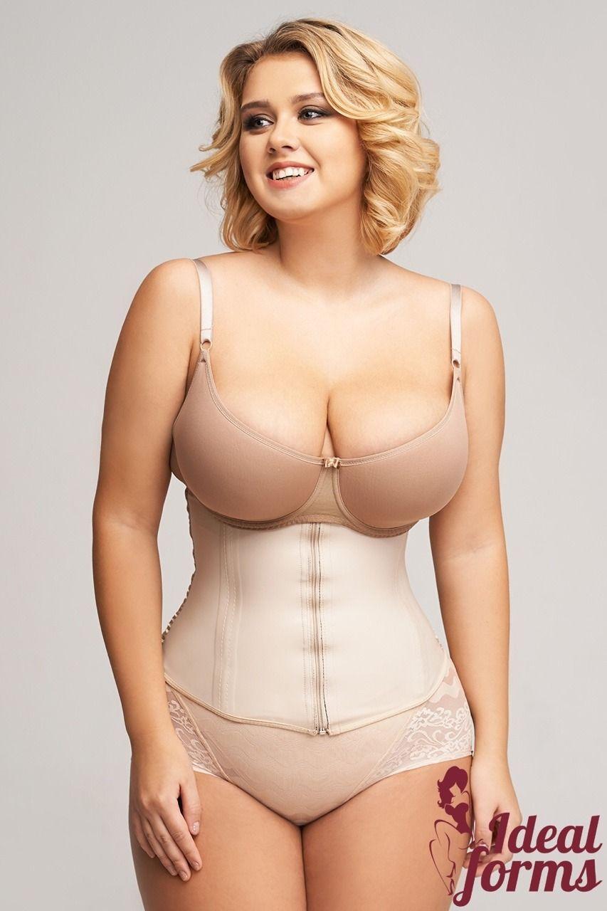 Busty plus size women nude