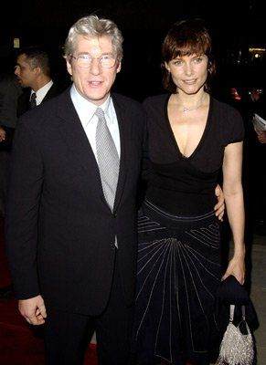 Richard gere and carey lowell at event of chicago 2002 cine richard gere and carey lowell at event of chicago voltagebd Choice Image