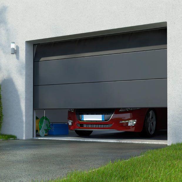 Porte De Garage Columbia Sectionnelle Premontee Motorisee Somfy En 2020 Porte Garage Garage Porte De Garage Lapeyre