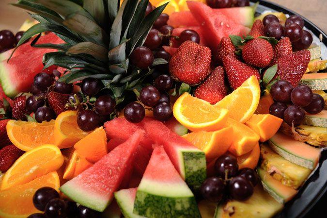 plateau de fruits frais coup s food heaven pinterest fruit fruit plate and fruit. Black Bedroom Furniture Sets. Home Design Ideas