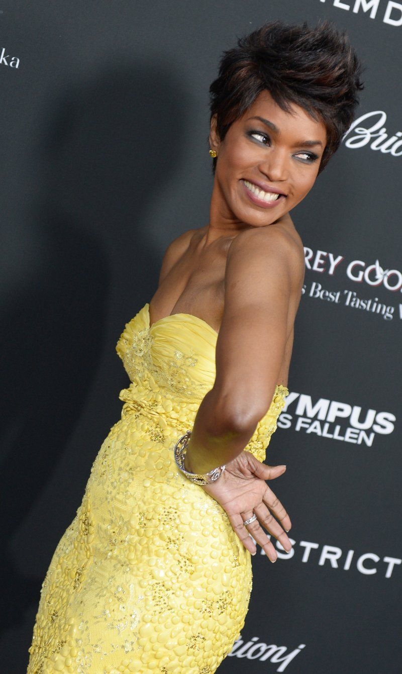 angela bassett wears nice haircuts too. i like to see when