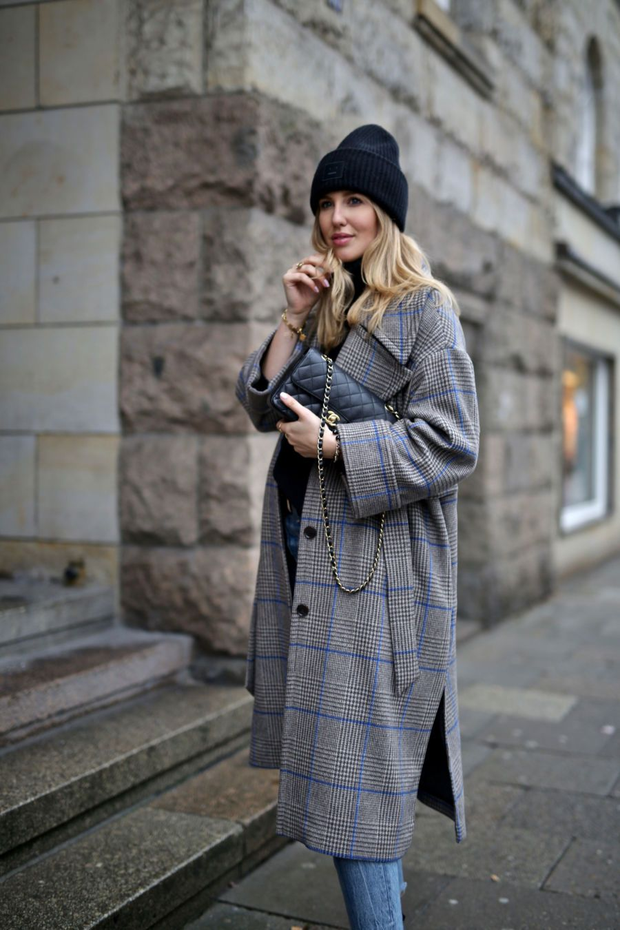 Streetstyle Herbst Winter Outfit Inspiration grau